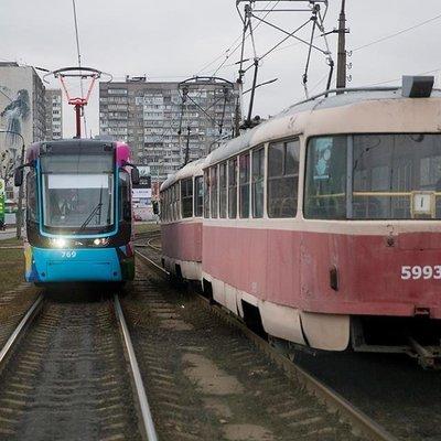 В Киеве 4 дня будут работать в сокращенном режиме трамваи №14, №15