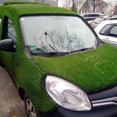 В Киеве замечен «самый зеленый» автомобиль