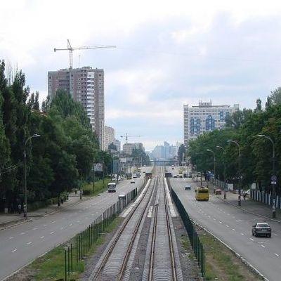 В Киеве завтра перекроют одну из самых загруженных улиц