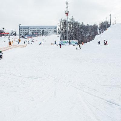 Где в Киеве и области можно покататься на лыжах и сноубордах