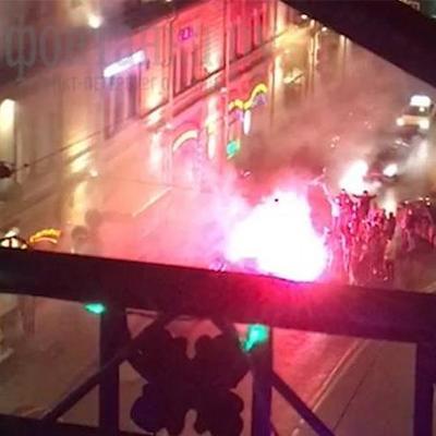 В Петербурге устроили огненное шоу в честь Гитлера (видео)