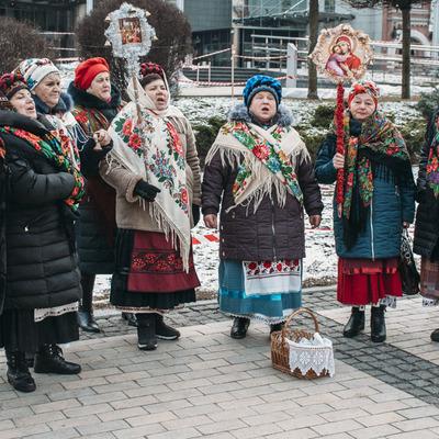 Столица празднует: как жители Киева проводят Рождество на Софийской площади