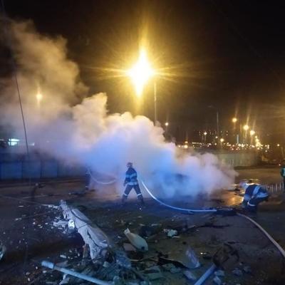 В Киеве произошло ужасное ДТП: водитель авто сгорел заживо, еще четыре человека пострадали