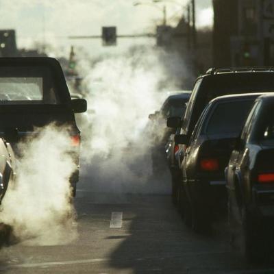 В Киеве призвали меньше пользоваться автомобилями, чтобы снизить загрязнение воздуха