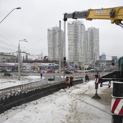 В Киеве продолжают ремонт на Шулявском мосту: что сейчас там происходит
