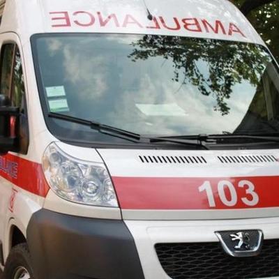 В Киеве из-за автохама скорая не доехала к ребенку с ожогами. ВИДЕО