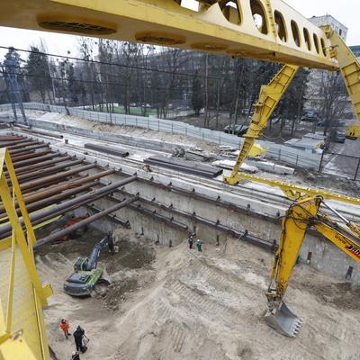 Кличко показал, как строится метро на Виноградарь (фото)