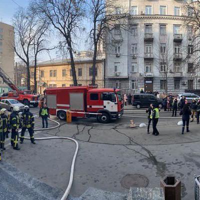 В Киеве горит Министерство культуры. Проводится эвакуация людей