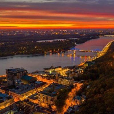 В Киеве заменили 18 тыс. светильников: жители наслаждаются, город экономит