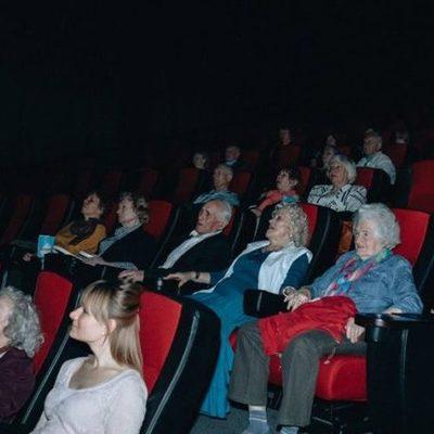 Пенсионерам бесплатно покажут украинский фильм «Мої думки тихі»