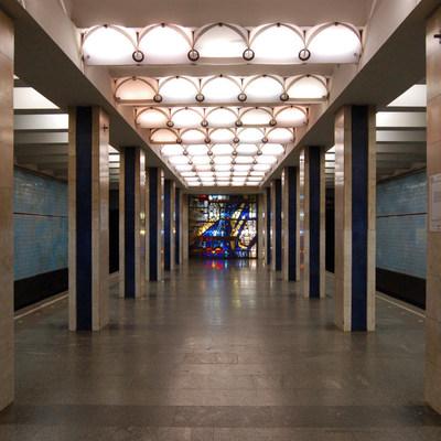 В Киеве на нескольких станциях метро образовалась давка
