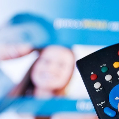 Бесплатного спутникового ТВ больше не будет: что это значит и как теперь смотреть любимые каналы и шоу