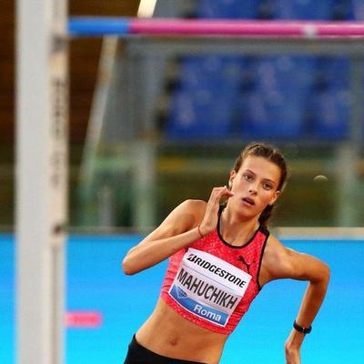 18-летняя украинка установила мировой рекорд по прыжкам в высоту