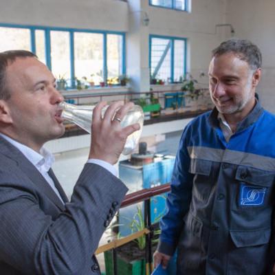 """""""Киевводоканал"""" на 2 млн гривен закупил хлор и гипохлорит натрия для обеззараживания воды"""
