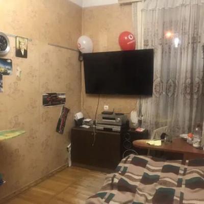 В Киеве продают квартиру с портретом Путина: скандальное фото