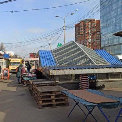Подходы к станции «Выставочный центр» очистили от незаконных торговцев
