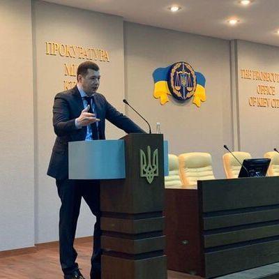 Прокурор Киева, которого восстановили в должности после люстрации, вышел на работу