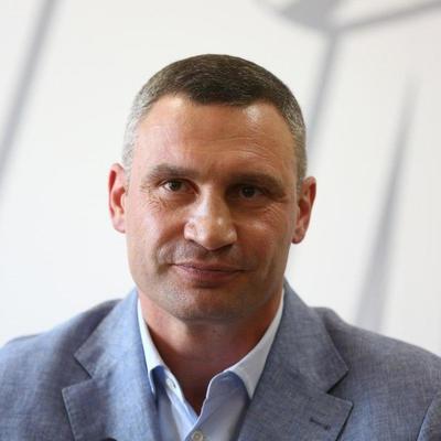 Виталий Кличко: «Тесты, маски, защитные костюмы и оборудование город закупает самостоятельно и за счет собственного бюджета»