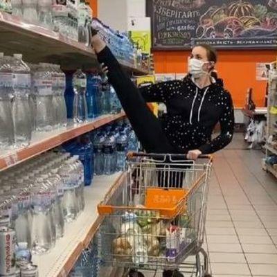 Как не заразиться коронавирусом в супермаркете, — советы экспертов