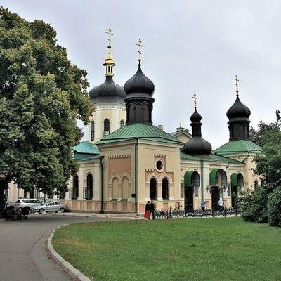 Еще один монастырь в Киеве могут закрыть на карантин из-за COVID-19