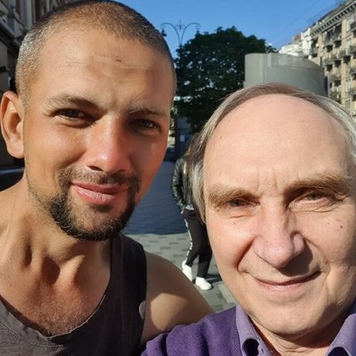 Освобожденный из плена боевиков Игорь Яковенко бомжует в Киеве и живет в метро