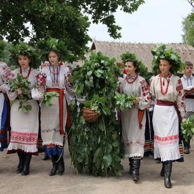 Два праздничных дня и выходные. Сколько будут отдыхать украинцы в июне