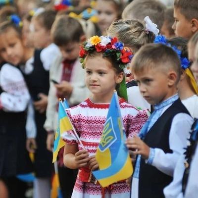 В Киеве начали прием документов на зачисление в первые классы