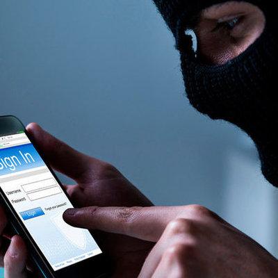 У киевлянки украли iPhone 11 и вывели через monobank 72 тысячи гривен