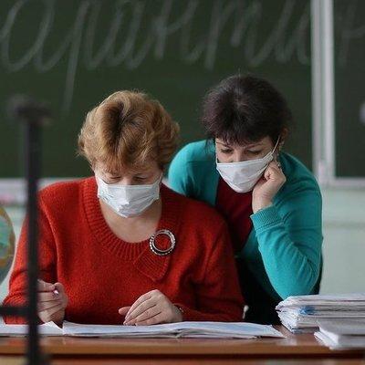 Новые случаи коронавируса обнаружили среди работников киевских школ