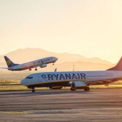 Ryanair возобновил рейсы в Украину