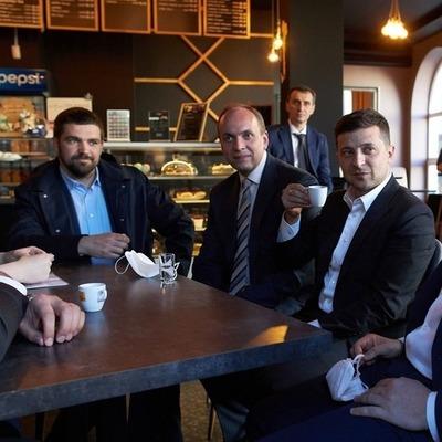 Зеленский пообещал добровольно возместить кафе в Хмельницком деньги за нарушение карантина
