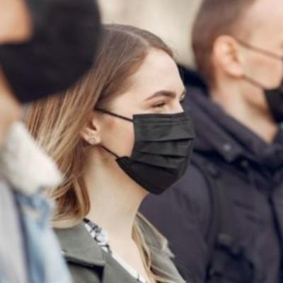 Кабмин одобрил штрафы за пребывание без масок в общественных местах