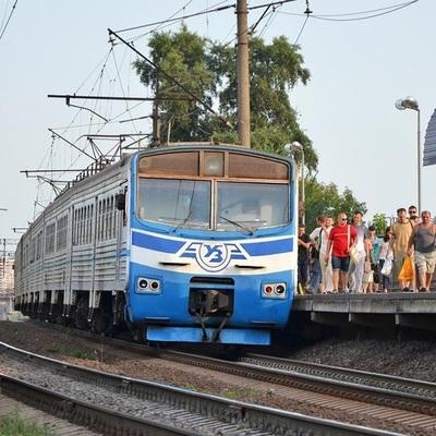 В Киеве возобновили движение городской электрички