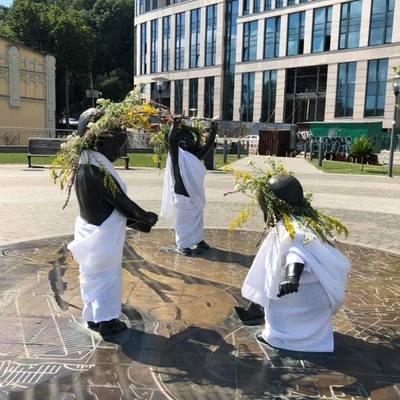 Малышей-основателей Киева нарядили к празднику Ивана Купала