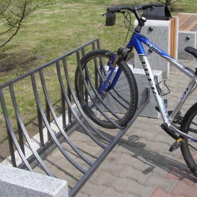 До 1 сентября у столичных школ появятся велопарковки, - КГГА