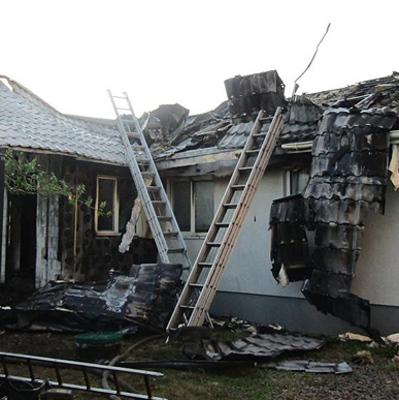 Поджог в доме Шабунина: в Центре противодействия коррупции заявили о найденной на пороге взрывчатке