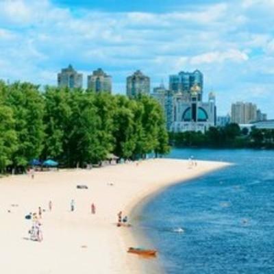 Власти Киева закрыли купальный сезон