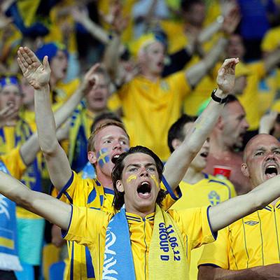 На киевские стадионы пустят футбольных болельщиков: куда можно пойти