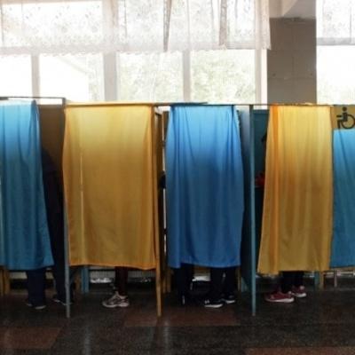 В Киеве наблюдателю на местных выборах сообщили подозрение в подкупе избирателей - прокуратура