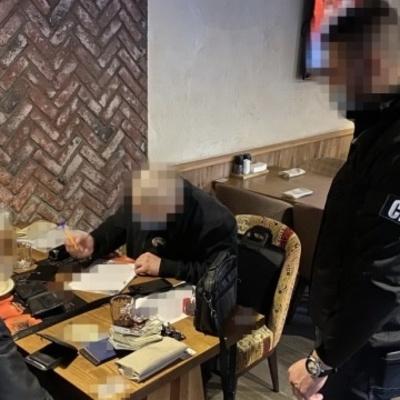 Ректор столичного вуза организовал схему нелегальной переправки иностранцев в ЕС