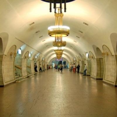Метро Киева снова «минировали» - закрывали «Площадь Льва Толстого»