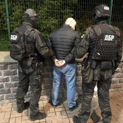 В Киеве двое полицейских погорели на вымогательстве 250 тысяч гривен
