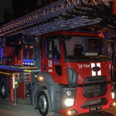 В Киеве горело общежитие НАУ, эвакуированы 120 человек