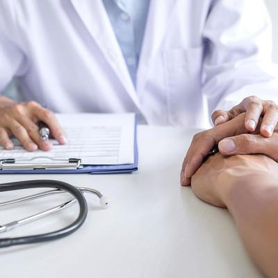 Онколог назвал факторы, влияющие на появление рака