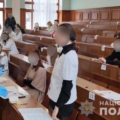 В медвузах Киева действовала мошенническая схема по сдаче экзаменов - СБУ