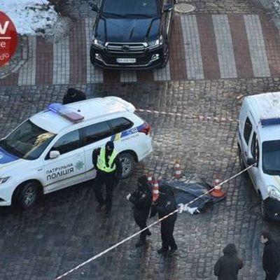 В Киеве водитель убил пешехода. Ударил его, тот упал и умер – Геращенко